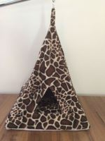 Rajen závěsné iglú motiv žirafa